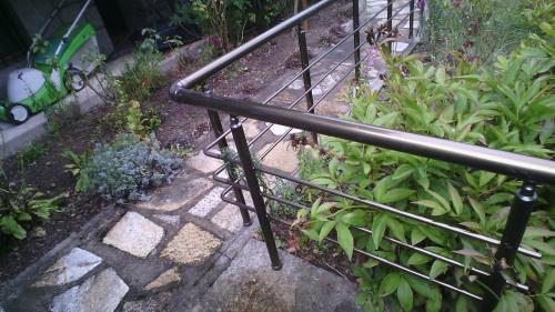 Алуминиев парапет в градина в кв. Драгалевци, 11.2016
